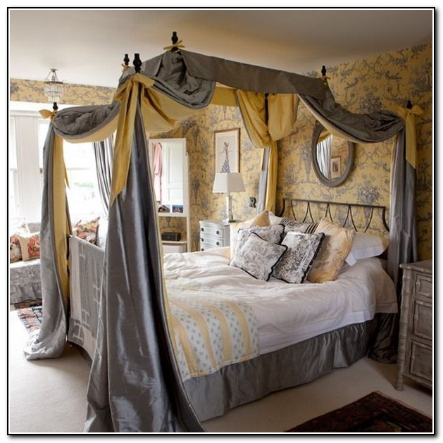 King Canopy Bed Curtains