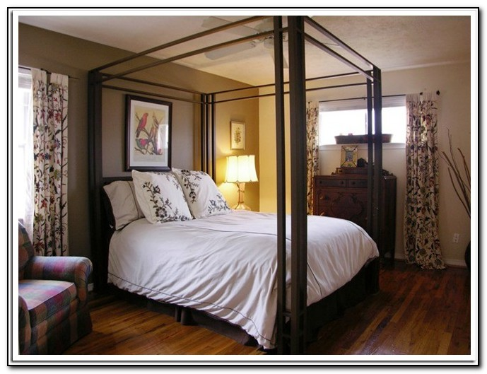 King Canopy Bed Rooms To Go
