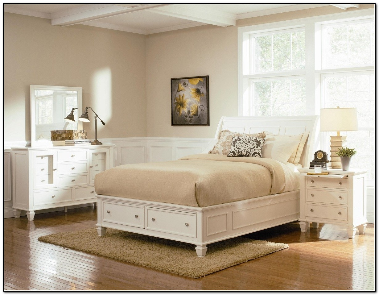 Platform Storage Bed With Drawers