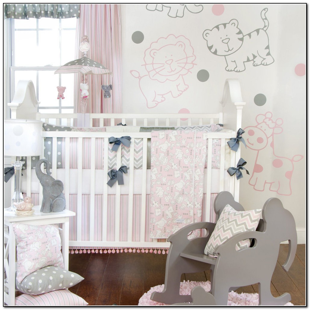 Elephant And Giraffe Baby Bedding