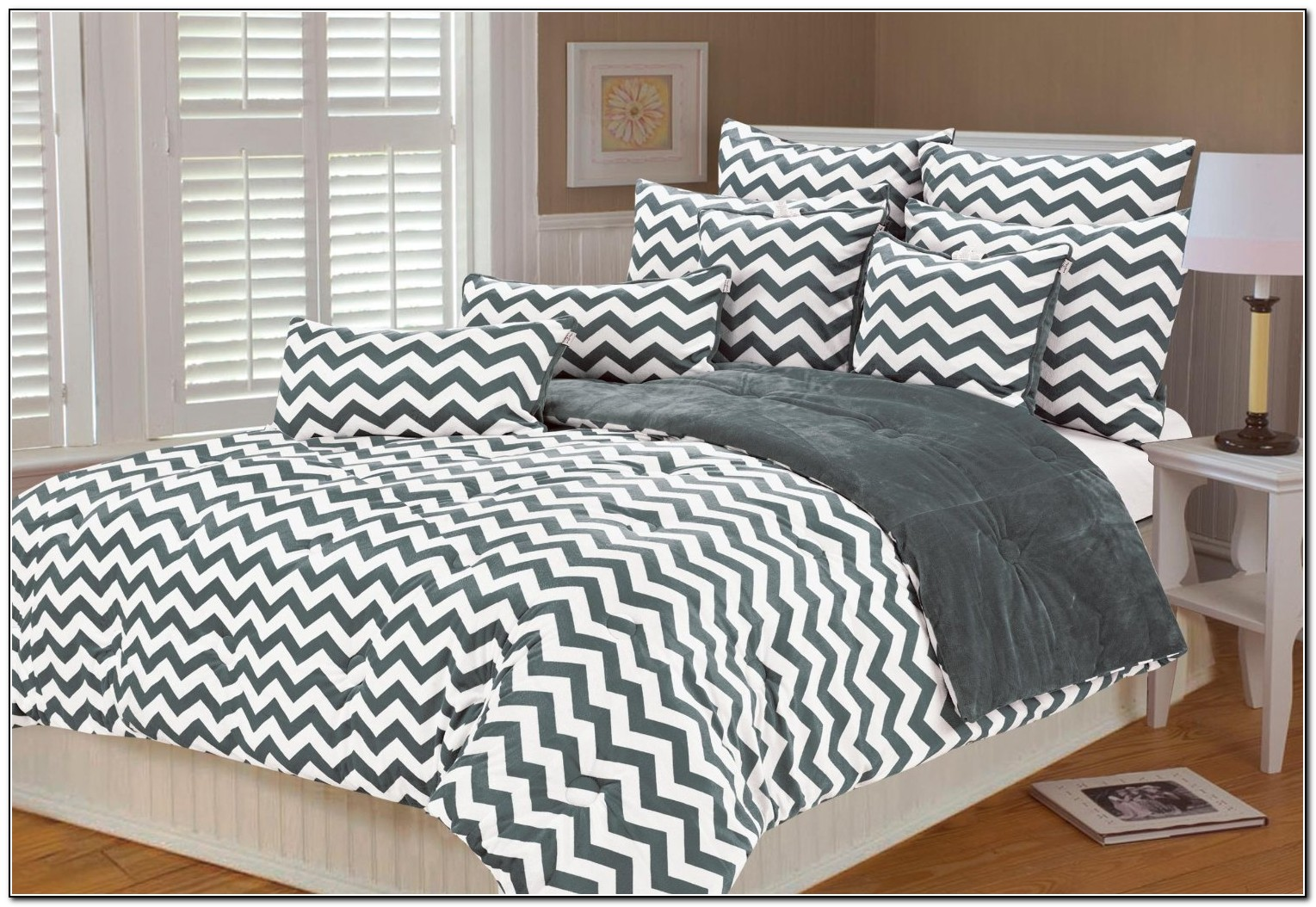 Grey And White Zig Zag Bedding