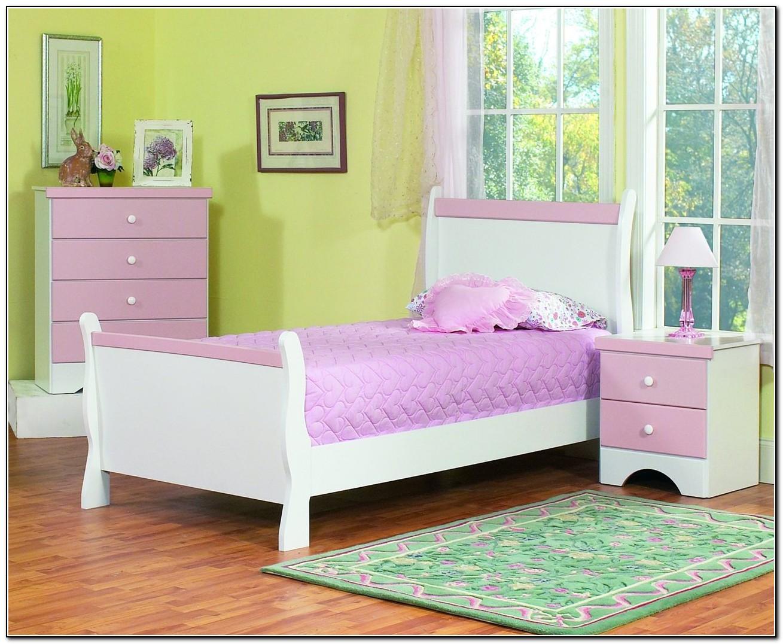 White Toddler Bedroom