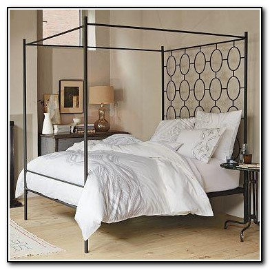 Black Metal Canopy Bed