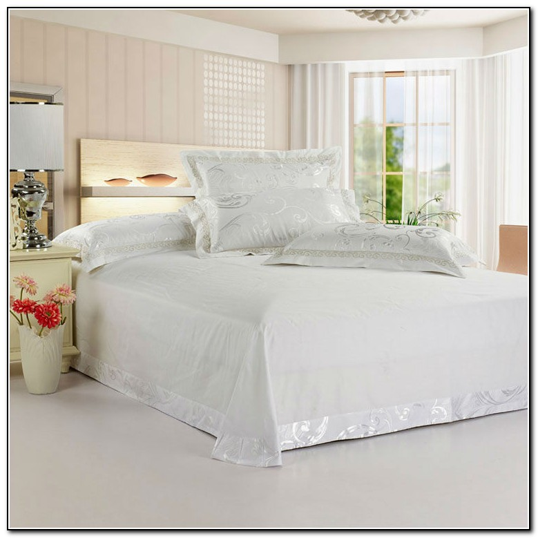 Queen Bed Sheets Size