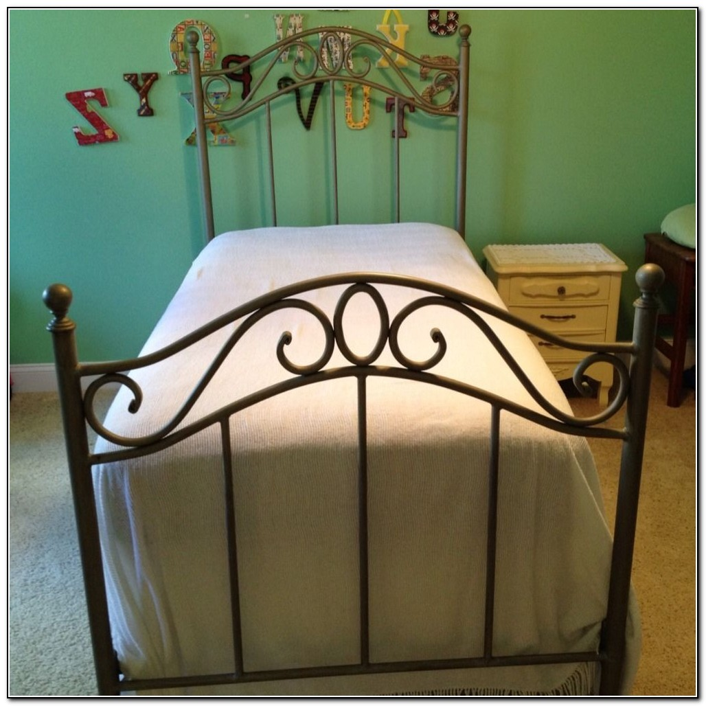Twin Metal Bed Frame Assembly