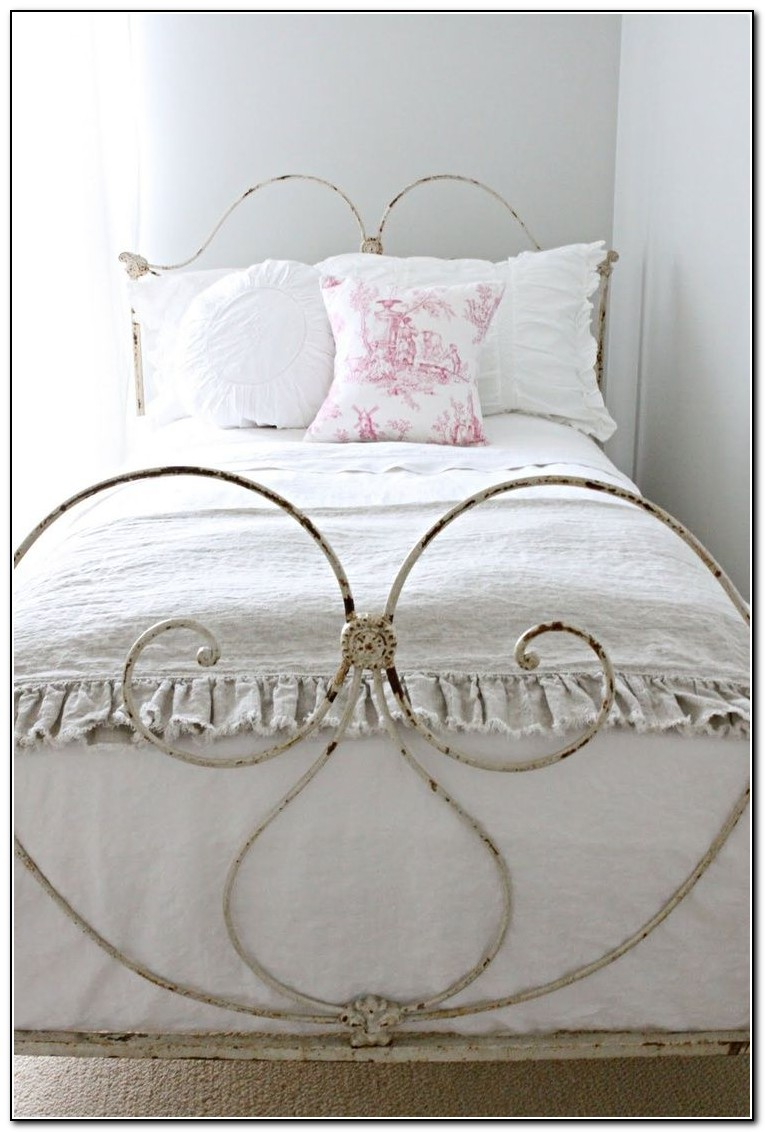 Antique Iron Beds For Sale