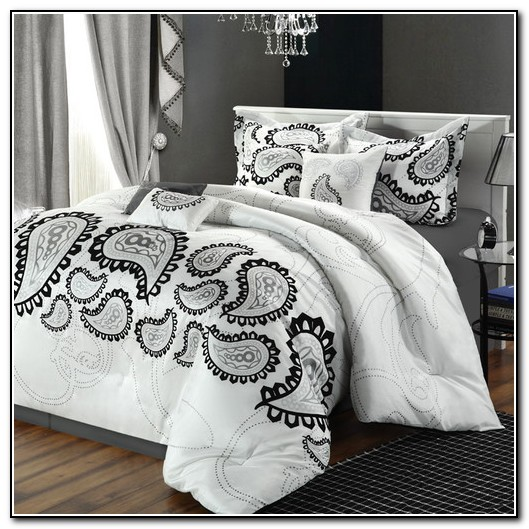 Black And White Paisley Baby Bedding