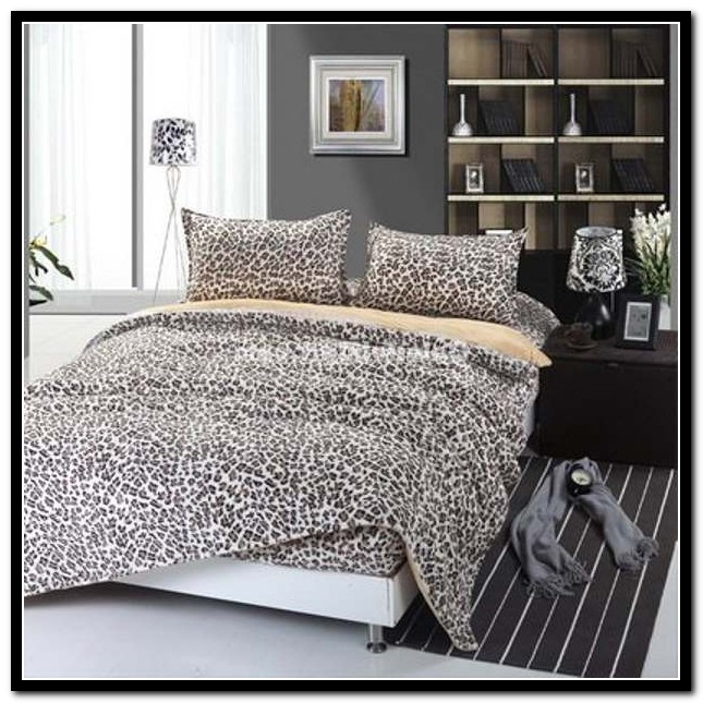 Cheetah Print Bed Set Full