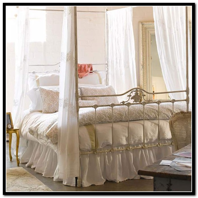 Full Size Canopy Bed White