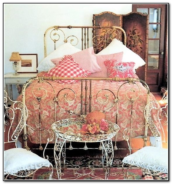 Images Of Antique Iron Beds