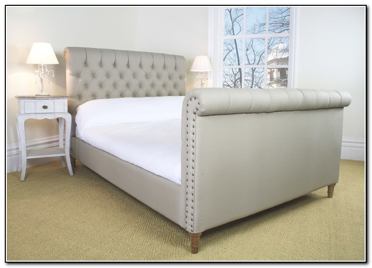 Tufted Sleigh Bed Queen