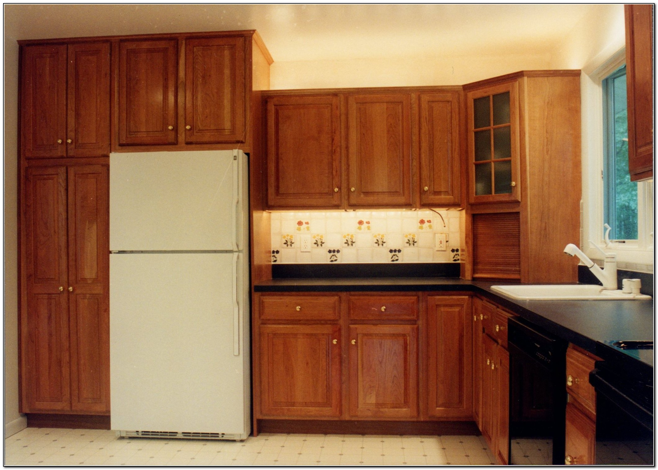 Granite Kitchen Countertops White