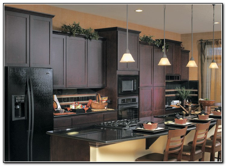 Kitchen Cabinet Colors With Black Appliances