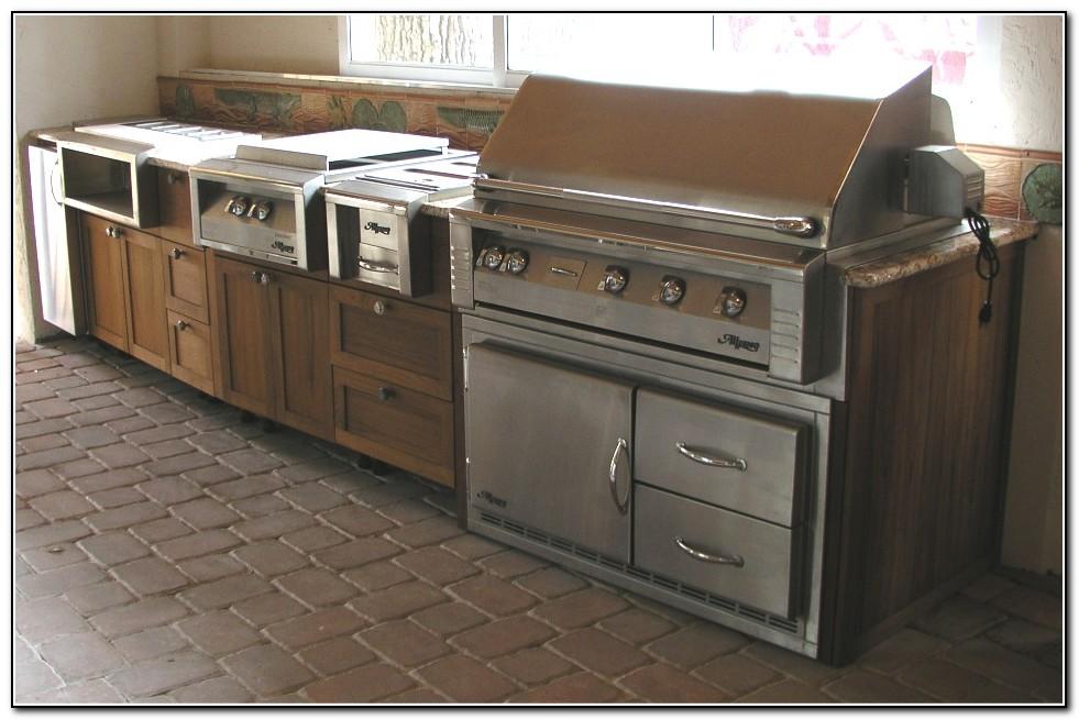 Outdoor Kitchen Cabinets Florida