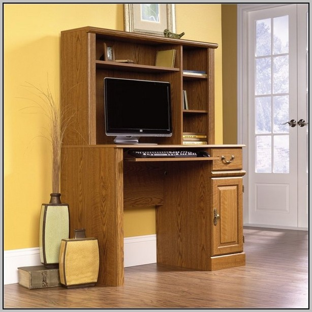 Computer Desk With Hutch For Small Spaces