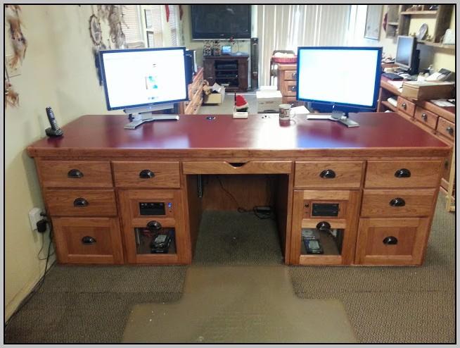 Custom Computer Desk Design