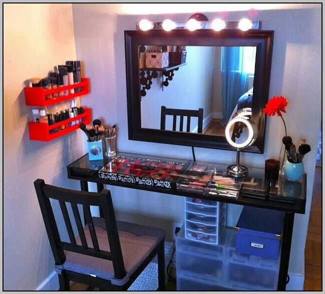 Makeup Desk Ideas