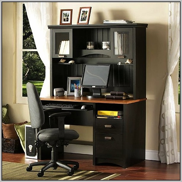 Mission Style Desk With Hutch