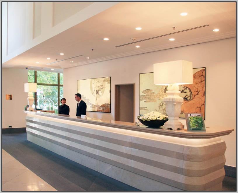Modern Reception Desk White