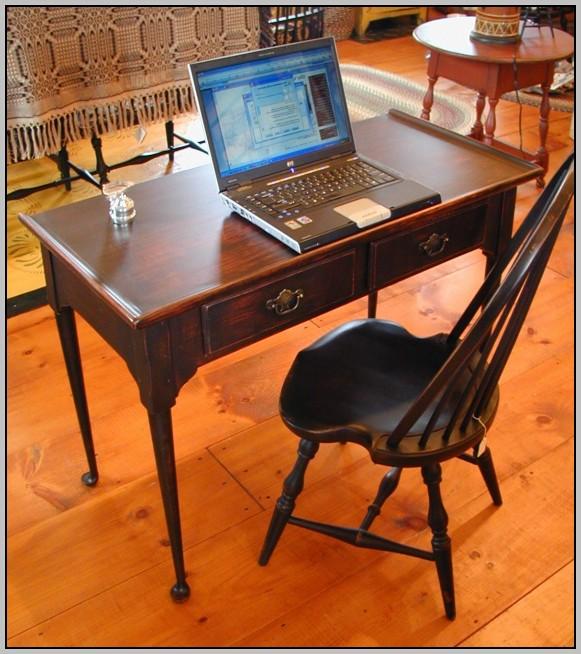 Queen Anne Desk Black