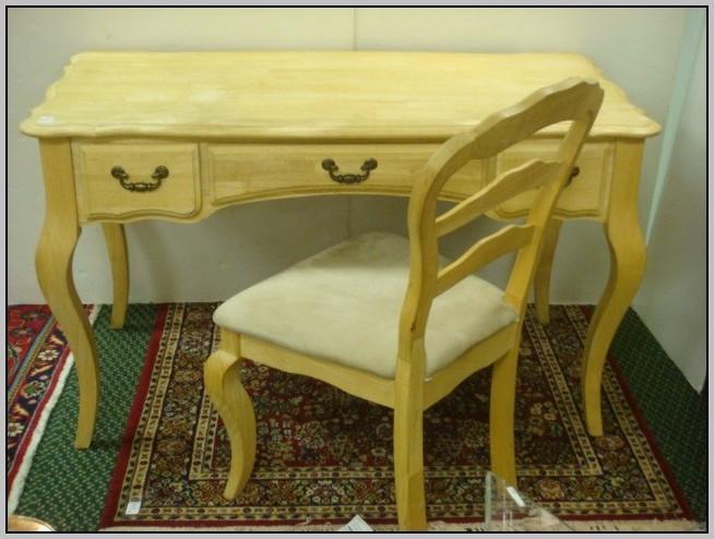Queen Anne Desk Chair