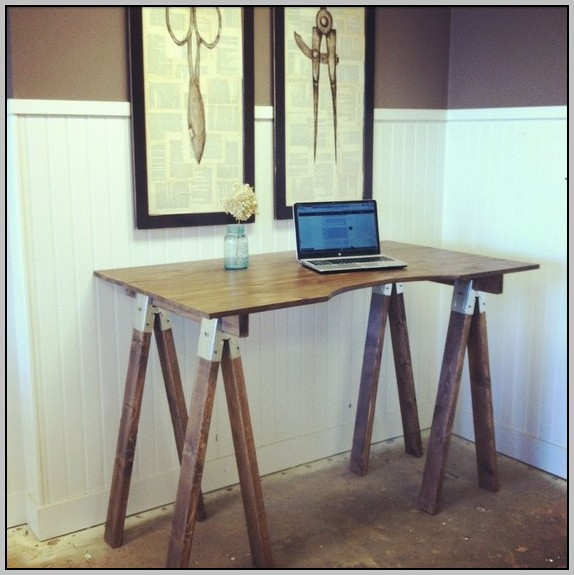 Sawhorse Desk Design
