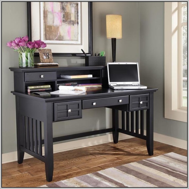 Arts And Crafts Desk With Hutch