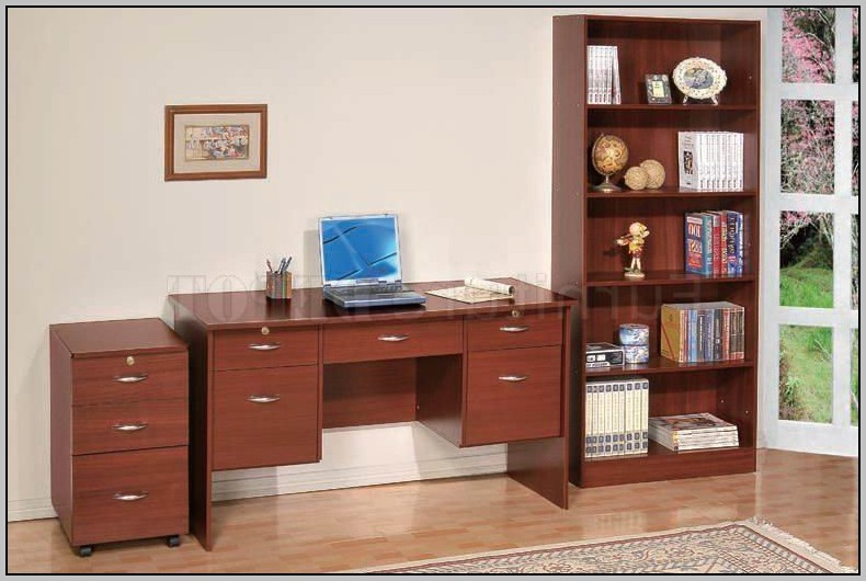 Cherry Writing Desk With Drawers