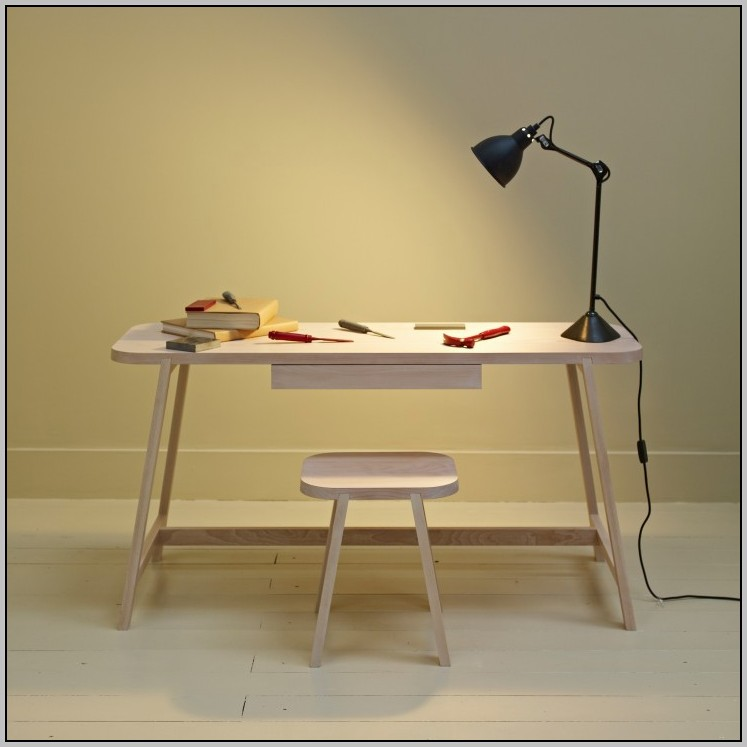 Desk For Small Spaces Uk