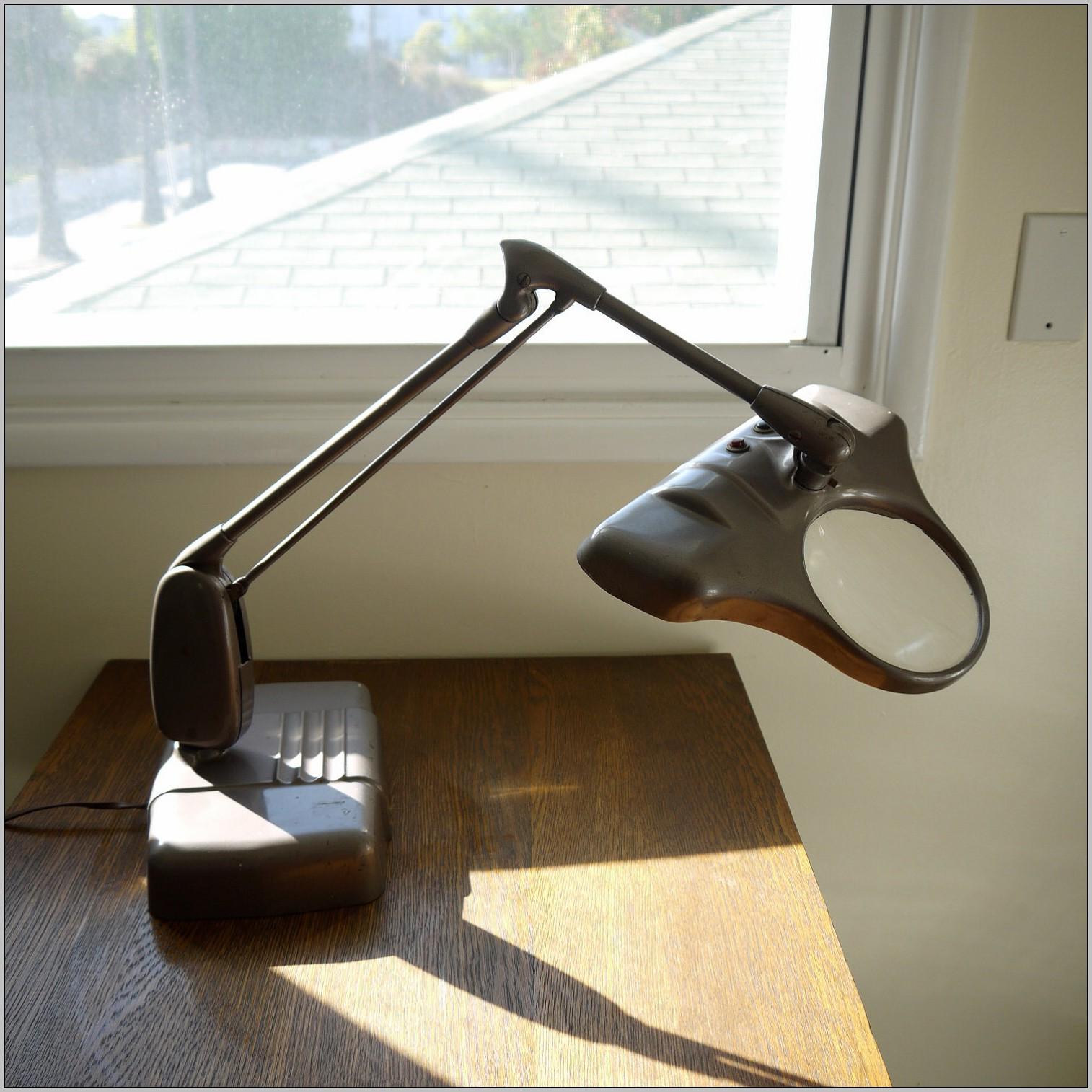 Magnifying Desk Lamp Fluorescent Light