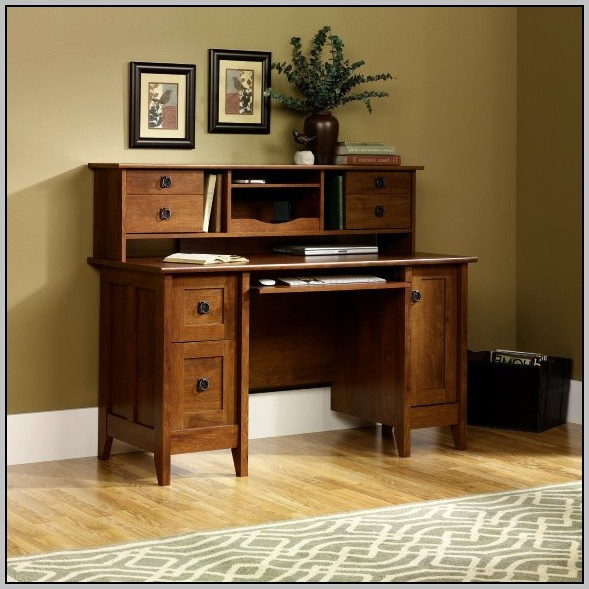 Mission Style Computer Desk With Hutch