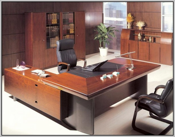 Office Desk Decoration India