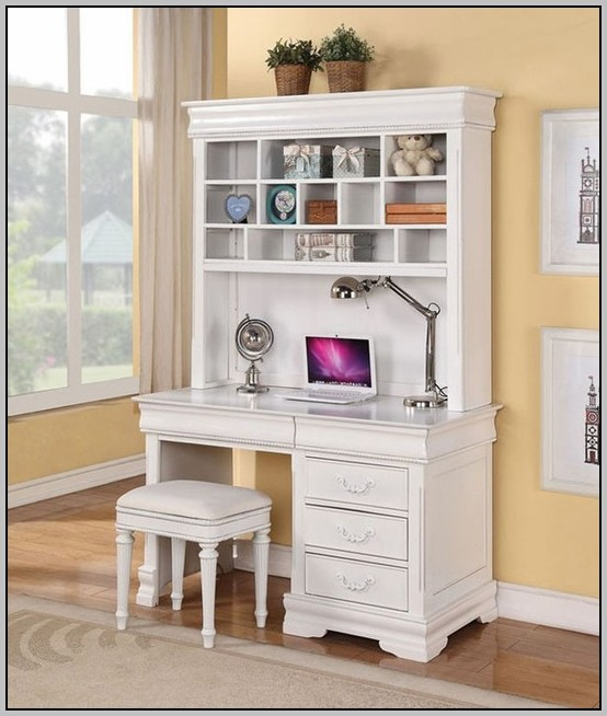 Small White Computer Desk With Hutch