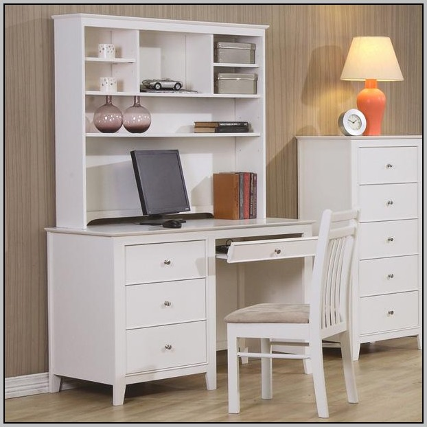 White Corner Computer Desk With Hutch