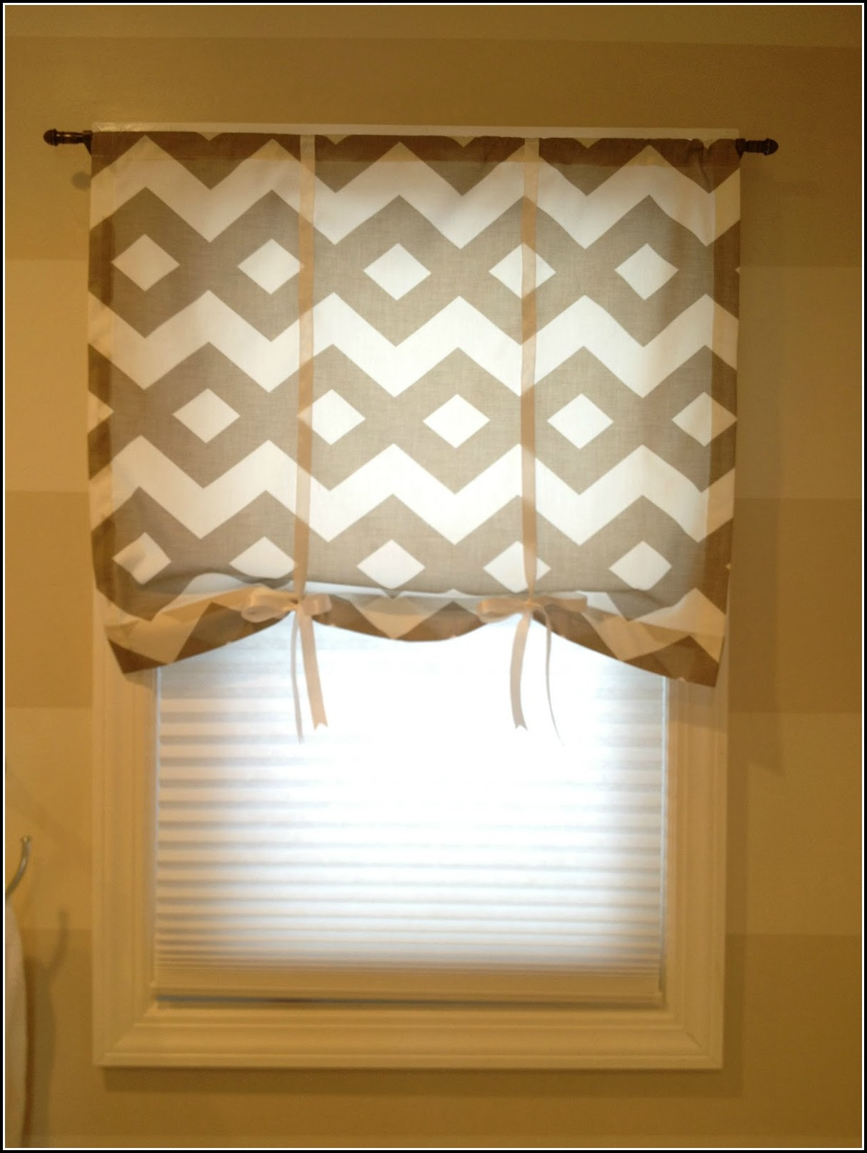 Curtains For Corner Windows In Bathroom