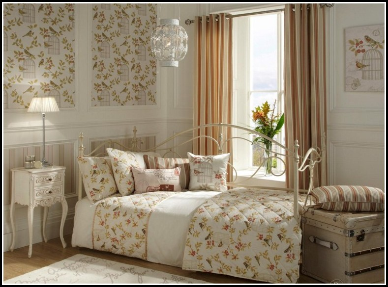 Bedroom Duvet And Curtain Sets