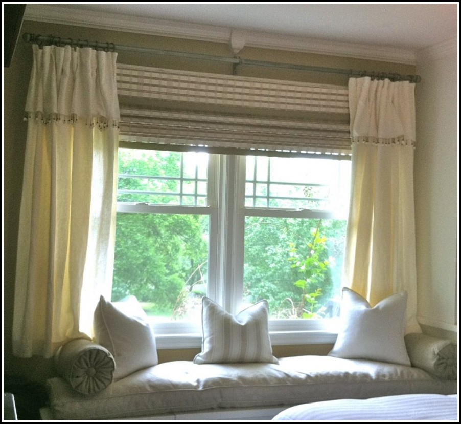 Country Curtains For A Bay Window