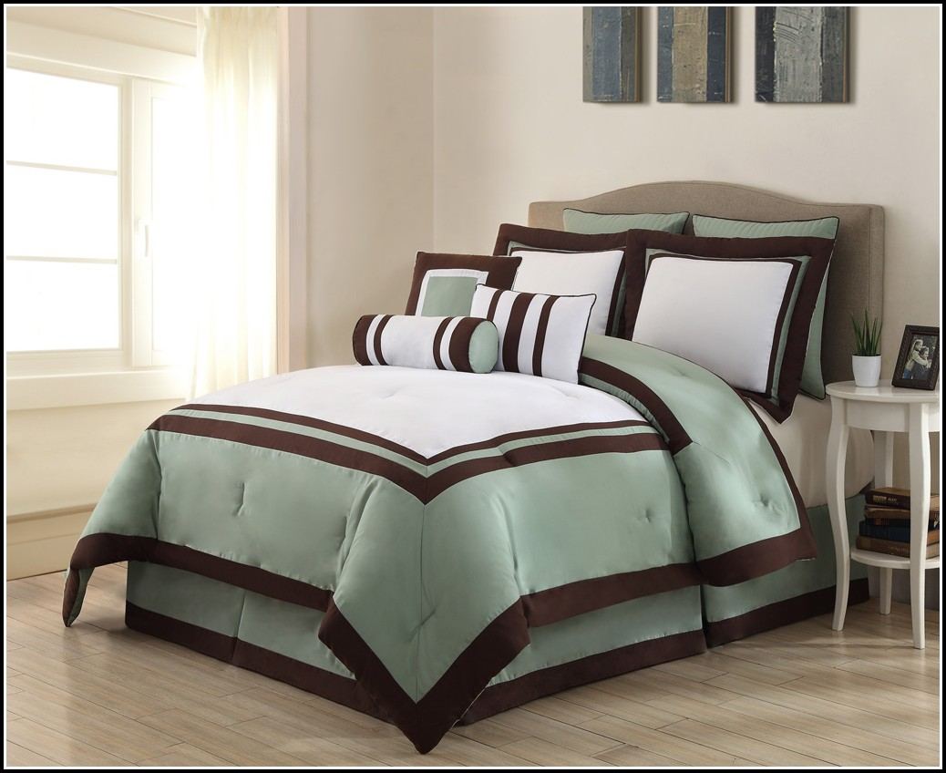 King Size Bedspread With Matching Curtains