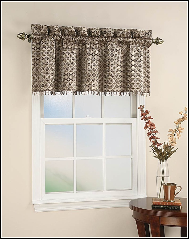 Curtain Patterns For Kitchen Windows