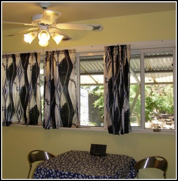 Curtains For A Small Bathroom Window