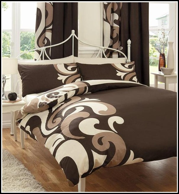Luxury Bed Sets With Curtains