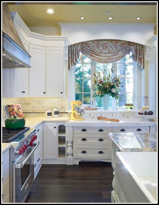 Modern Kitchen Window Treatments Ideas