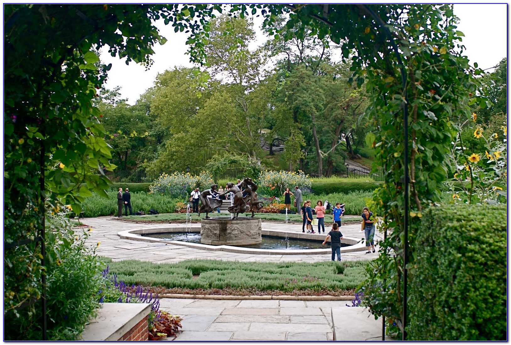 Central Park Conservatory Garden Wedding Pictures