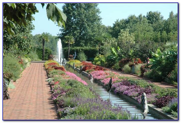 Daniel Stowe Botanical Garden Membership
