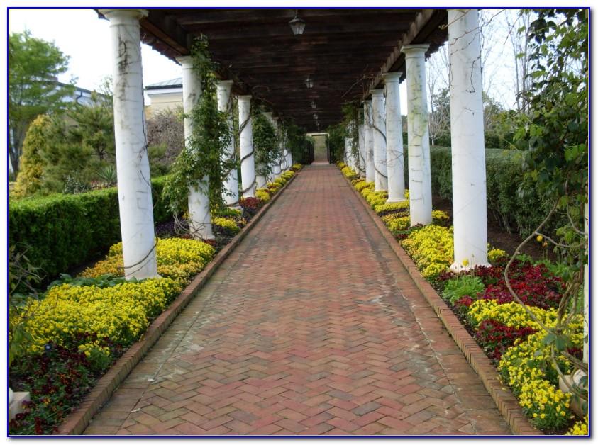 Daniel Stowe Botanical Garden Wee Houses