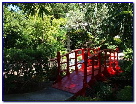 Miami Beach Botanical Garden Oktoberfest