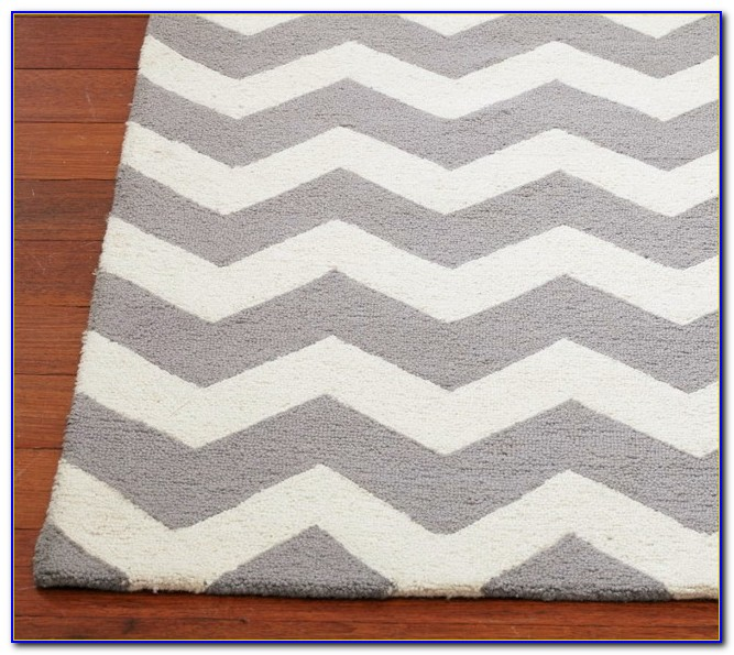 Grey Chevron Rug 8x10