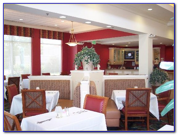 Hilton Garden Inn Newport News Hotel