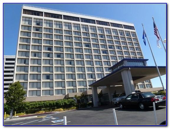 Hilton Garden Inn San Francisco Oakland Bay Bridge Shuttle