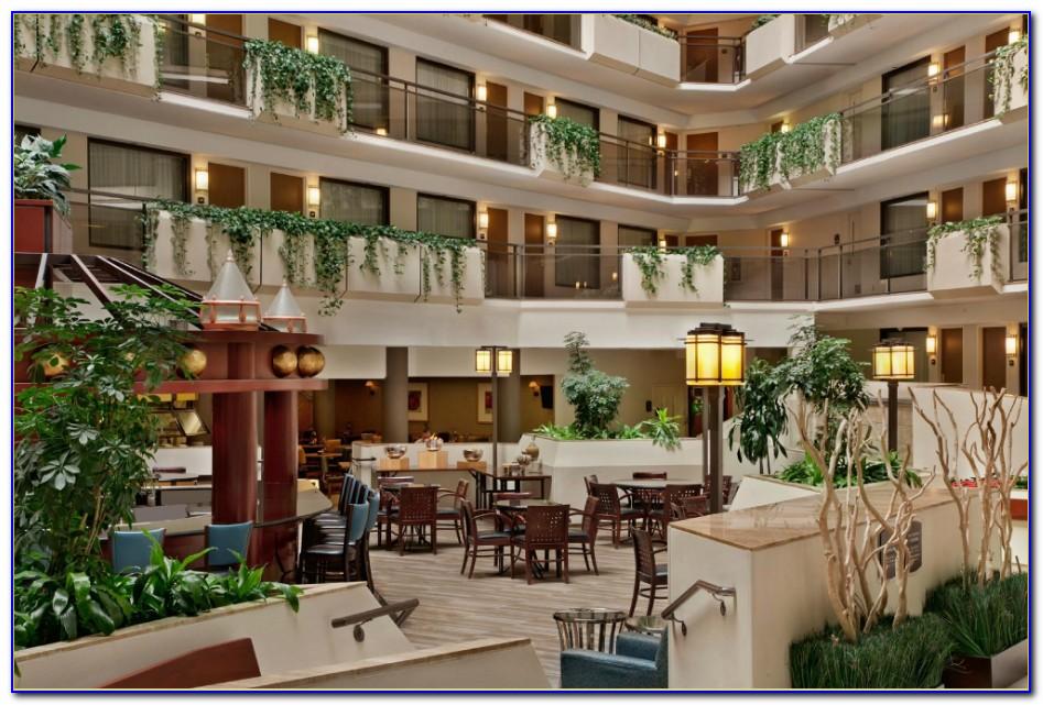 Restaurants Near Hilton Garden Inn Overland Park Ks